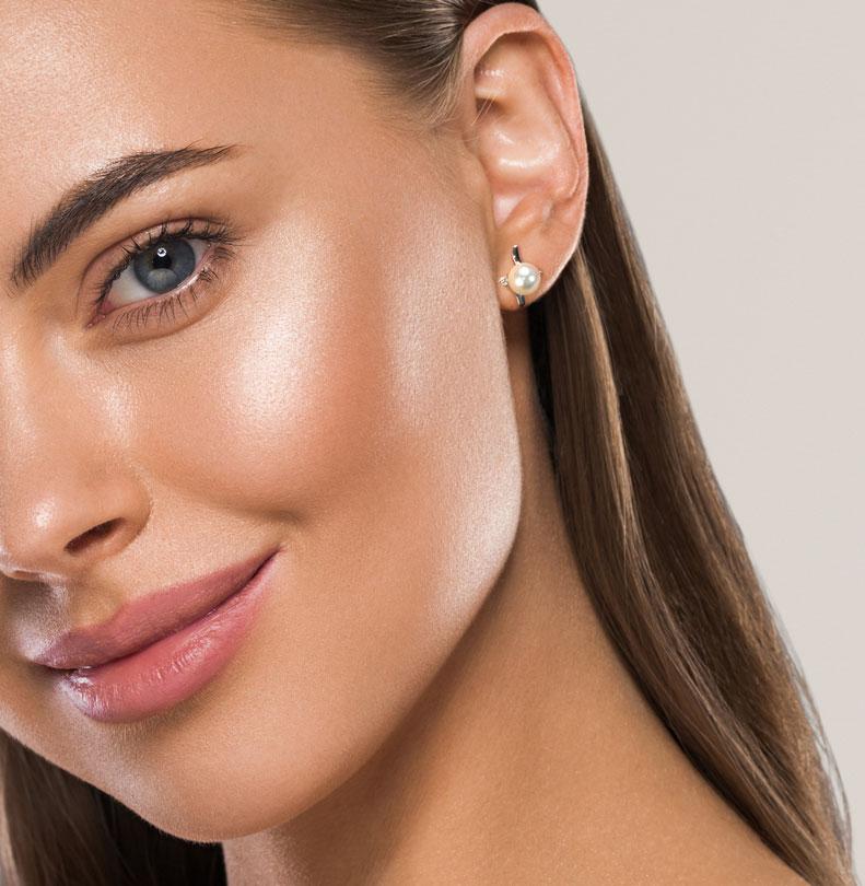 Cercei din aur 18K cu perle 1,00 gr. si diamante 0,08 ct., model Orsini 00222BL