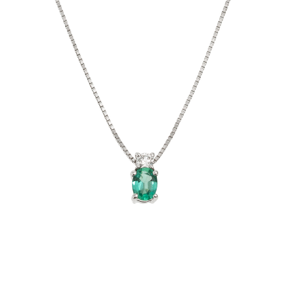 Lantisor din aur 18K cu pandantiv cu smarald 0,19 ct. si diamant 0,04 ct., model Orsini CI1444S