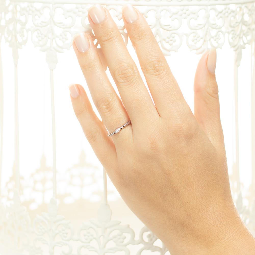 Inel de logodna din aur 18K cu diamant 0,05 ct., model Orsini 01061