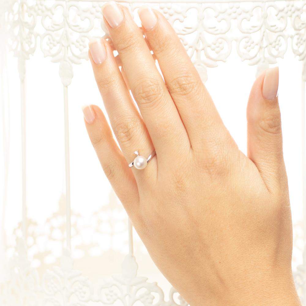 Inel din aur 18K cu perla si diamant 0,02 ct., model Orsini 0987