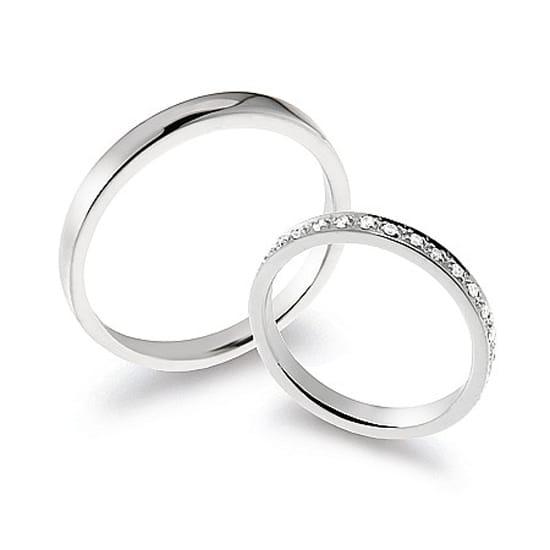Verighete Eternity Din Aur Alb Cu Diamante Model Fe409